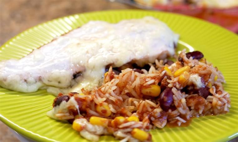 Филе курицы с рисом по-мексикански
