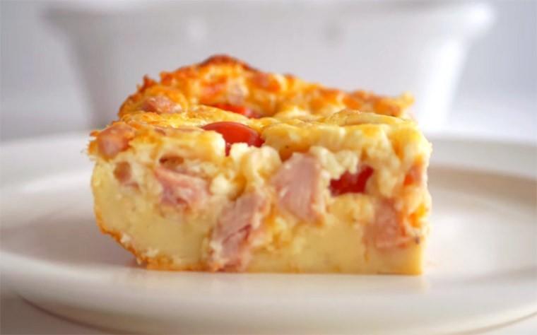 Клафути с помидорами черри, сыром и курицей