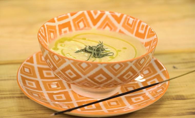 Крем-суп из цветной капусты с кокосовым молоком